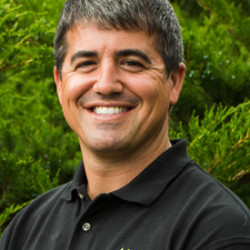 Dr. Daniel Lombardi